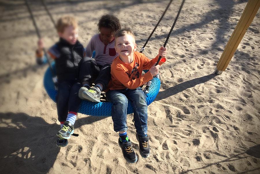 Barn, lekplatser, Örebro, Brickeberg
